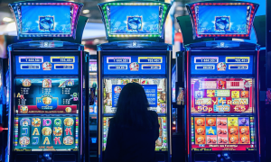 free instant win slots